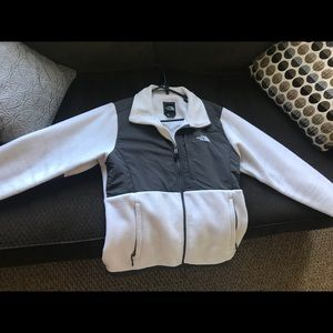 Woman's large The North Face fleece